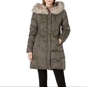 VIA SPIGA  Faux Fur Trimmed Exaggerated Hood Coat